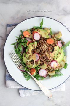 Lentils avocado salad