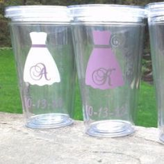 Light purple, Lilac Tumbler for Bride and Bridesmaids, Wedding party acrylic glasses with lid and straw, flower girl plastic cups, Bridesmaid gift. BPA Free