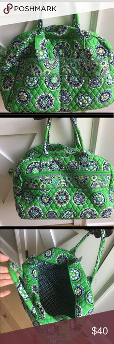 Vera Bradley Weekender Bag Beautiful weekender in excellent condition. Used only once, it looks brand new but it is missing the shoulder strap. I took it off and don't know where I put it... Vera Bradley Bags Travel Bags