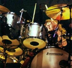 Alex Van Halen, Ludwig Drums, Drummers, Bang Bang, Rock And Roll, Musicians, Engine, Music Instruments, Band