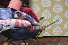 Tkaniny autorstwa Julii Brendel-Lee.