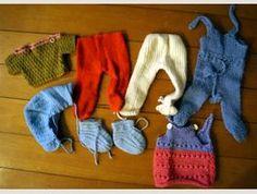 Puppenkleidung Konvolut 1 Kiste Verschiedener Kleidung Rich And Magnificent