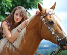 Megan Etcheberry from Rodeo Girls. Barrel racing pro rodeo Pro Rodeo, Rodeo Girls, High Hopes, Barrel Racing, Horse Girl, Palomino, Senior Girls, Cowgirls, Girls Best Friend