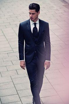 4cf640d3e9bd 22 najlepších obrázkov z nástenky Pánske obleky - Masterhand ...