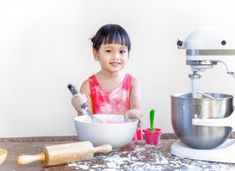 These recipes are sure to inspire the creative in you - we're sharing the best stand mixer recipes (some aren't even for food! Kitchen Stand Mixers, Kitchen Mixer, Kitchen Tools, Stand Mixer Reviews, Best Stand Mixer, Appliance Reviews, Kitchen Aid Recipes, Small Appliances, Cool Kitchens