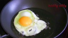 How to Make a Crispy Fried Egg : วิธีทอดไข่ดาวให้กรอบ