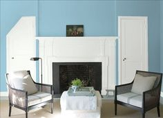 Look at the paint color combination I created with Benjamin Moore. Via @benjamin_moore. Wall: Daydream CSP-615; Door & Mantle: Chantilly Lace OC-65.