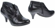 UN UNITED NUDE Shoe boots