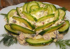 Нарядный и очень вкусный салат, улетает со стола в первую очередь