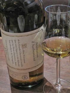 Certificat d'authenticité, liqueur verte produit par les Chartreux dans leur distillerie de Tarragone...