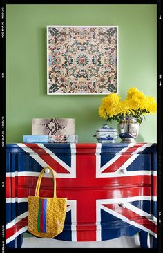 MY Old Country House: THE UPSTAIRS HALL AND A UNION JACK DRESSER!