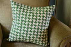 Pillow Cover Green Houndstooth 16x16 by thewashroom on Etsy, $22.00