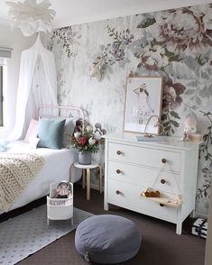 @houseofharvee Hello Little Birdie Store (@hellolittlebirdie) // floral wallpaper, whimsical bedroom