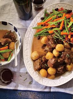 Ricardo's recipe: Portugese-Style Lamb or Goat Stew Goat Stew Recipe, Goat Recipes, Ricardo Recipe, Carrot Greens, Lamb Stew, Bowl Of Soup, Latin Food, Soups And Stews, Pot Roast