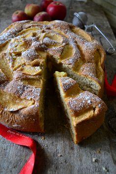 Torta di mele senza burro, il dolce perfetto per chi vuole concedersi una pausa dolce ma in modo leggero senza perdere niente nel gusto!