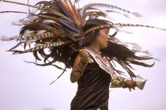 Love her profile, and the headdress.