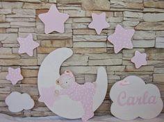 Composición siluetas de madera, en blanco y rosa. pekerines.blogspot.com.es