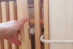 Radiatorskjuler - Laustsen Living Room Inspiration, Interior Inspiration, Küchen Design, Interior Design, Radiator Cover, Bookshelves Built In, House On A Hill, Diy Furniture, Door Handles