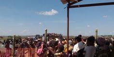 Ofrecemos ayuda de emergencia a los refugiados congoleños en Dundo, Angola | Estamos proporcionando ayuda de emergencia a los más de 15,000 refugiados que vienen de la región de Kasai, en República Democrática del Congo (RDC). Visitamos a 1,559 pacientes en los diez primeros días, tenemos un proyecto de salud materno-infantil y abrimos dos clínicas que prestan especial atención a la situación nutricional de los niños.