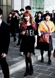 HyunA Airport Fashion, Airport Style, Kim Hyuna, Korean Music, Red Carpet Fashion, Mannequin, Kpop Girls, Grunge, Celebrity Style