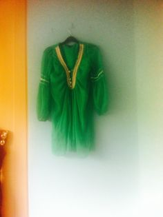 60s green mini dress by Makenzievelvet on Etsy Love this quirky 60s dress