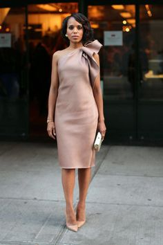 How to Dress Like Olivia Pope simple but elegant outfit Beautiful Dresses, Nice Dresses, Gorgeous Dress, Bow Dresses, Blush Dresses, Beautiful Ladies, Street Chic, Street Style, Look Fashion