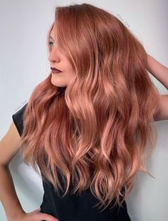 Guy Tang and the Team Launch New Colors - Guy Tang and the Team Launch New Colors Ad Aurora Borealis Electric shades of teals, greens, purples Cabelo Rose Gold, Rose Gold Bayalage, Cheveux Oranges, Retro Wedding Hair, Gold Hair Colors, Rose Hair, Rose Blonde Hair, Rose Gold Hair Dye, Ombre Rose
