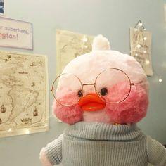 Lalafanfan duck in turtleneck - Emma Home Cute Stuffed Animals, Cute Animals, Cute Ducklings, Film Anime, Duck Toy, Little Duck, Kawaii Plush, Baby Ducks, Cute Memes