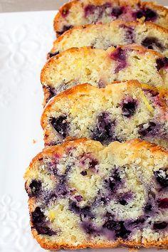 Blueberry Loaf Cakes, Blueberry Desserts, Lemon Desserts, Blueberry Lemon Bread, Lemon Loaf, Loaf Recipes, Lemon Recipes, Baking Recipes, Muffin Bread