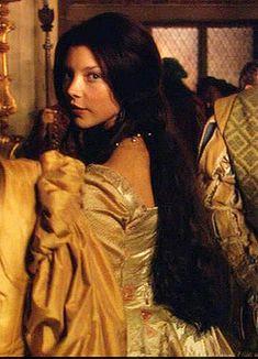 Berenice Hargreaves Db8f903570b616d4ead6ebba987b7614--natalie-dormer-tudors-tudor-dynasty