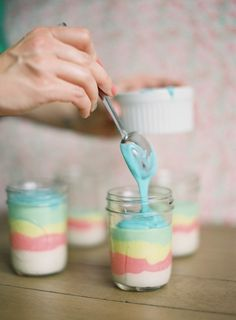 rainbow mason jar cupcakes