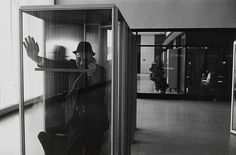 John F. Kennedy International Airport, New York, 1968 (© Estate of Garry Winogrand, Courtesy of Fraenkel Gallery)