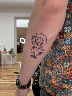 Setsuko from Grave of the Fireflies. Done by Layla picture for today. R Tattoo, Poke Tattoo, Mom Tattoos, Piercing Tattoo, Future Tattoos, Tattoo Drawings, Tatuaje Studio Ghibli, Studio Ghibli Tattoo, Tattoo Studio