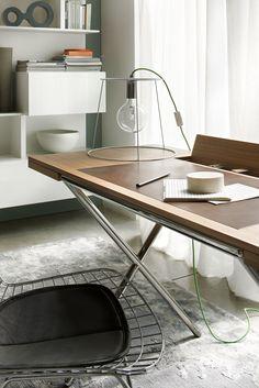 Eleganza Senza Tempo Novel E Novelist Christophe Pillet Per Lema Home Office Designtable Deskloft Furnitureoffice