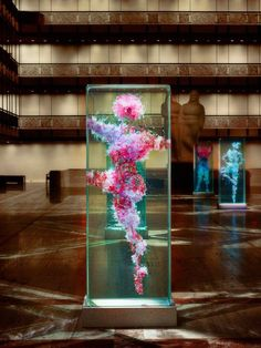 Dustin Yellin: Glass installations at David H. Koch Theater | GoSee ART | presented by GoSee ©