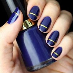 Whether you're a nail-art enthusiast or just looking to upgrade your weekly manicure, these nine ideas are perfect for the holidays (and won't clash with your party ensemble). Fall Nail Polish, Metallic Nail Polish, Winter Nail Art, Classy Nail Designs, Beautiful Nail Designs, Beautiful Nail Art, Minimalist Nails, Acrylic Nail Designs, Nail Art Designs