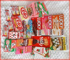 Biggest bday wish ever! Japanese Snacks, Japanese Candy, Japanese Sweets, Japanese Food, Jelly Cookies, Shortbread Cookies, Kawaii Cooking, Coconut Pudding, Asian Snacks