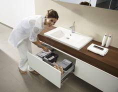 Do mebli wykonywanych na... | Przechowywanie w łazience - praktyczne szafki z przegródkami