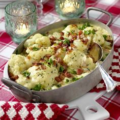 bacon Garnering: k Cooking For Beginners, Weekday Meals, Cooking Recipes, Healthy Recipes, Cooking Videos, Healthy Food, Swedish Recipes, Breakfast Lunch Dinner, Greens Recipe