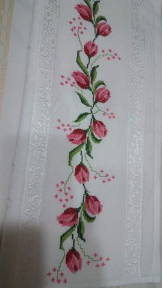 Hand Embroidery Design Patterns, Embroidery Applique, Cross Stitch Patterns, Machine Embroidery, Cross Stitch Rose, Cross Stitch Flowers, Ribbon Work, Cross Stitching, Needlepoint