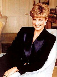 Diana.   Just gorgeous. !!