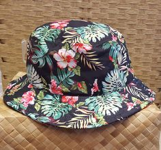 I totally want this I love bucket hats!!