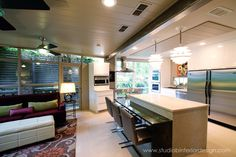 Kitchen Remodel Mid-Century - Low Eat-in Bar