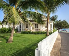 Beach Cottage in the Bahamas