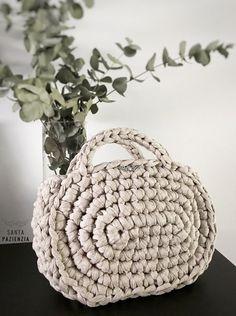 DIY Capazo Midi Trapillo. Santa Pazienzia. Patrón crochet blog
