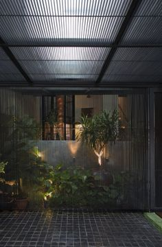 Alleyway House / Formwerkz Architects
