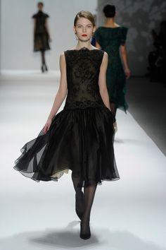Elegance meets glamor. Tadashi Shoji Show #NYFW
