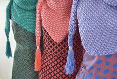 Tunisian Crochet Scarf - Ton Sur Ton - byClaire - crochet patterns, books and yarn Tunisian Crochet, Crochet Poncho, Crochet Scarves, Diy Crochet, Crochet Clothes, Crochet Stitches, Crochet Patterns, Crochet Fashion, Diy Fashion
