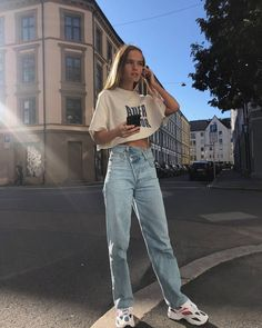 Misplaced High Waist Ins Denim Straight Pants Misplaced High Waist Ins Denim Straight Pants – Stylnbo Cute Fall Outfits, Trendy Outfits, Summer Outfits, Mode Outfits, Jean Outfits, Fashion Outfits, Mode Cool, Jeans Boyfriend, Lace Pants