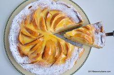 Prajitura turnata cu mere si crema fina de smantana Savori Urbane